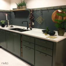 Čierne Kuchyna Kohútik - Nivito 14-RH-320